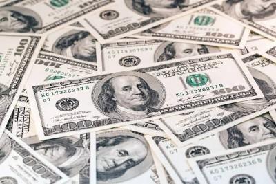 Dólar volta a cair e fecha a R$ 3,75 nesta quinta-feira