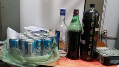 """Ação conjunta flagra menores bêbados e fecha """"festa da favela\' regada a cachaça em Dourados"""