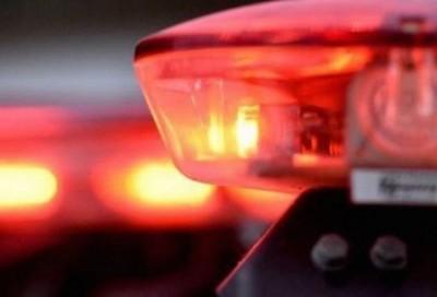 Motociclista fica presa embaixo de caminhonete após colisão em Deodápolis