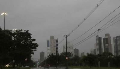 Domingo tem previsão de pancadas de chuva e trovoadas isoladas em MS