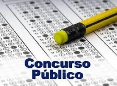 Prefeitura de Juti abre concurso com 53 vagas e salários de até R$ 10.295