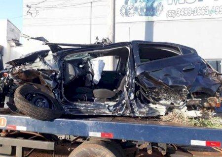 Dois ficam feridos depois de veículos colidirem e um capotar em Nova Andradina