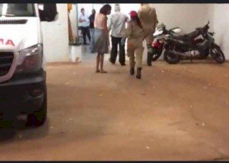 Pastor é esfaqueado dentro de igreja após culto em MS