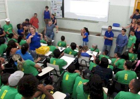 Governo de MS amplia vagas em concurso para professores de 2018
