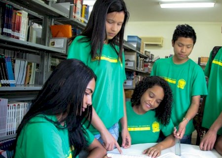 Cursos profissionalizantes para alunos da rede estadual estão com inscrições abertas