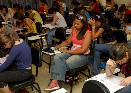 Deputados federais de MS aprovam adiar Enem para evitar desigualdade entre alunos