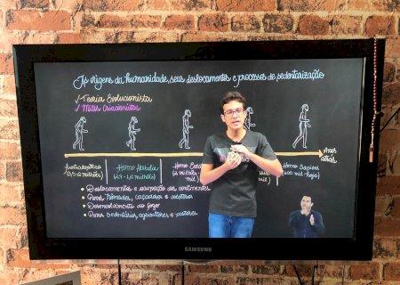 Começam hoje: saiba como sintonizar as aulas da SED pela sua TV