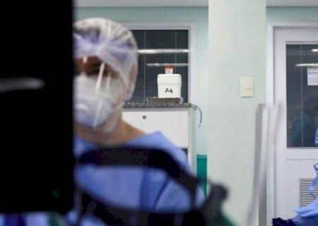 Brasil registra 1.086 novas mortes por coronavírus em 24h; total vai a 25.598