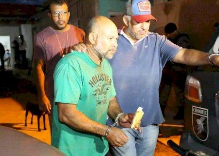 """Após ordem judicial, """"Pedreiro Assassino"""" é transferido para Instituto Penal"""