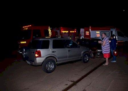 Embriagado e sem habilitação, motorista causa acidente com duas vítimas