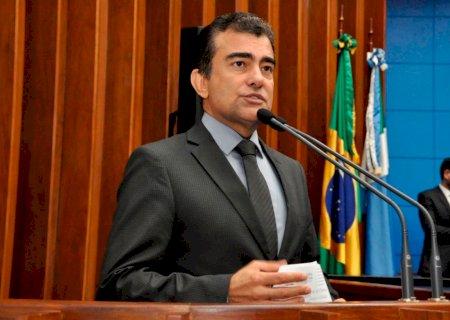 Marçal pede que secretarias de educação garantam material impresso aos alunos