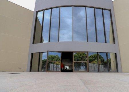 Com apoio de Marçal, Nova Andradina inaugura Centro de Convenções