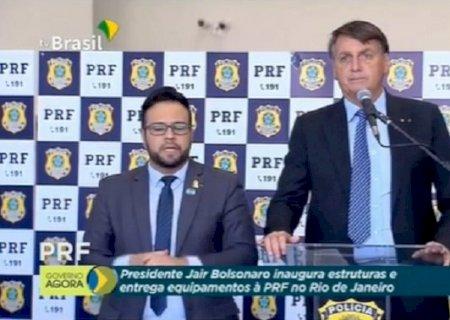 Bolsonaro confirma concurso da PRF com mais de 2 mil vagas e crava data limite para sair edital