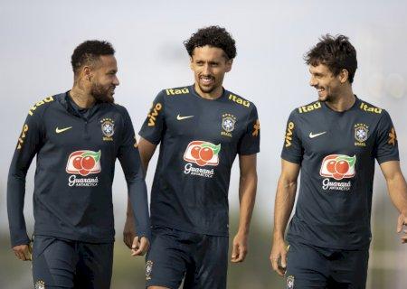 Com grupo completo, Seleção Brasileira trabalha para confronto contra o Peru