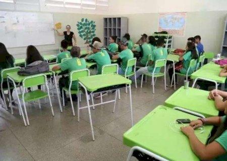 Professores terão reajuste salarial e pagamento do piso até 2027
