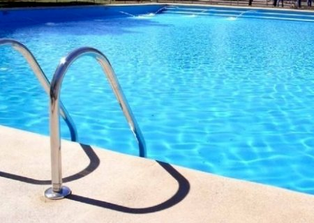 Durante festa na piscina, mulher é estuprada pelo marido da irmã em MS