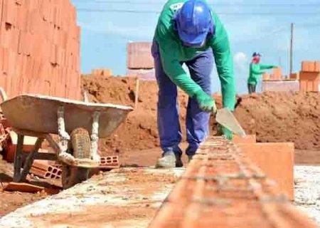 Juros baixos ajudam venda de imóveis, mas construção vê lucro 'minguar' com preços de materiais em MS
