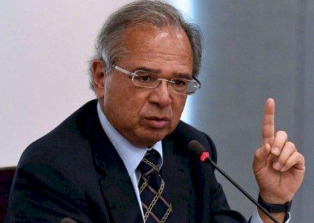 Governo vai antecipar 13º do INSS e abono salarial PIS/Pasep, diz colunista