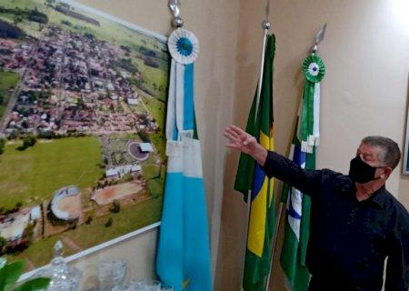 """""""Vacina é um alívio para todos nós"""", diz prefeito de Jateí, Eraldo Leite"""