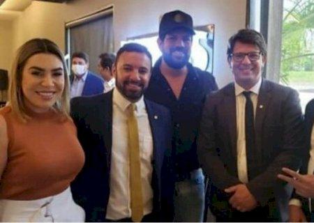 Após encontro com Bolsonaro, Naiara Azevedo e Sorocaba negam apoio ao presidente