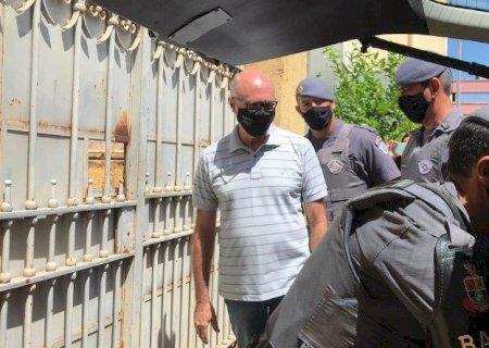 Ministério Público prende 15 por fraudes e cartel de material escolar em prefeituras de SP
