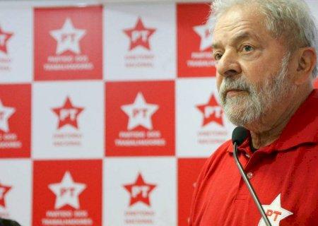 'Com direitos políticos, posso ser candidato para derrotar o bolsonarismo', diz Lula