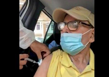 Enfermeiras fingem que vacinam contra Covid-19 e idosos são enganados no Rio