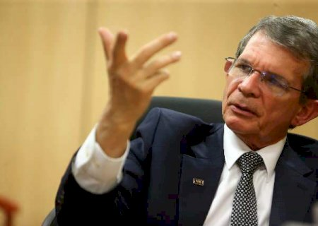 Bolsonaro pede demissão de presidente da Petrobras e indica general para vaga