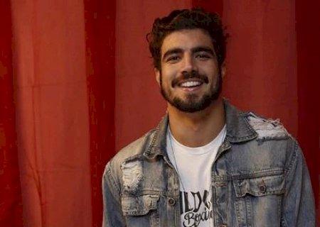 Caio Castro será o novo apresentador de A Fazenda