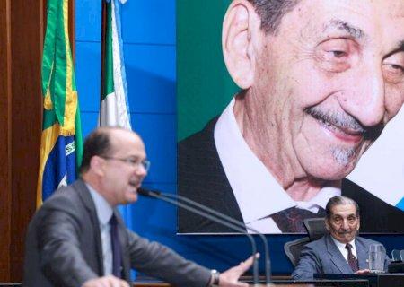 Barbosinha dá nome de 'Coronel Adib Massad' à sede do DOF em Dourados