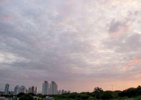 Instituto emite alerta de chuvas intensas para 26 municípios de MS