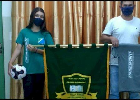 Aluna-atleta do distrito de Vila Rica vence a Copa dos Campeões de Embaixadinhas