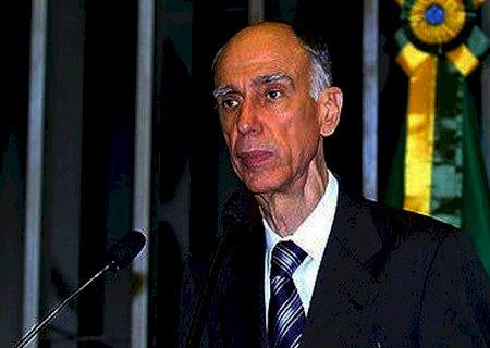 Ex-vice-presidente da República Marco Maciel morre aos 80 anos, em Brasília