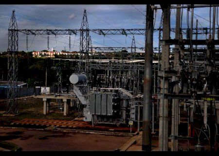 Privatização da Eletrobras abre caminho para conta de luz mais cara