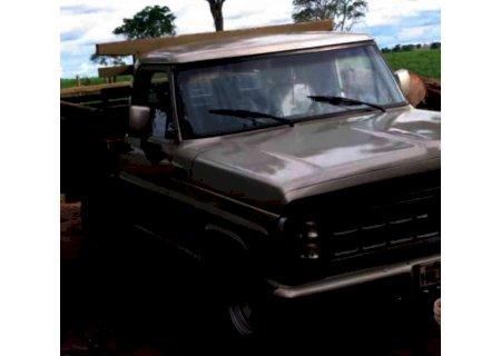 Duas caminhonetes F-1000 são furtadas em Vicentina