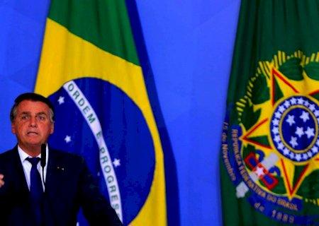 Bolsonaro pede liberação de rodovias aos caminhoneiros