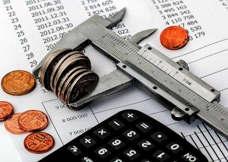 Economia deve crescer, mas inflação ficará acima da meta em 2021, diz BC