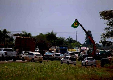 Manifestantes liberam todas as rodovias federais de MS