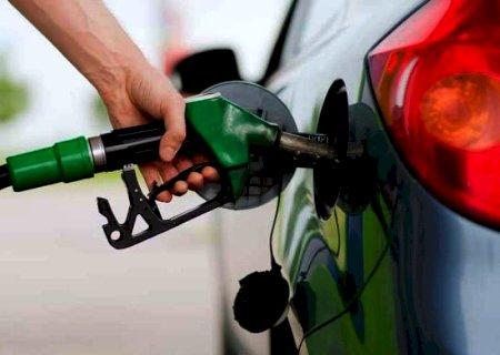 Gasolina sobe pela 8ª semana seguida nos postos, aponta ANP