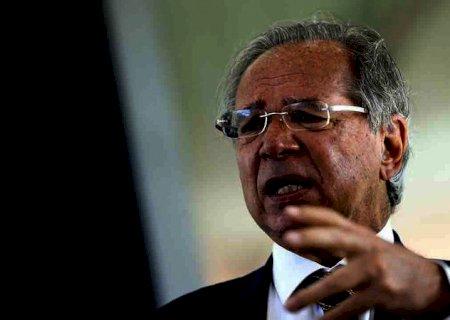 Paulo Guedes defende reajuste de 57% no Novo Bolsa Família a partir de novembro