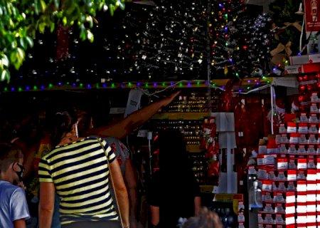 Funtrab: vagas de \'Papai Noel\' com salário de R$ 6 mil e \'mãe social\' entre as 811 oportunidades